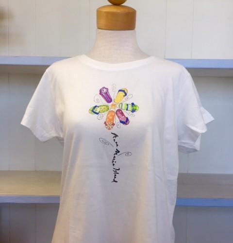 Womans White Sandal Flower